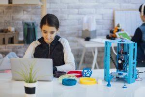 Fab Lab e Makerspace: você sabe qual a diferença entre eles?