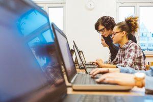 Conheça a Escola 42, escola de programação no Vale do Silício sem professores