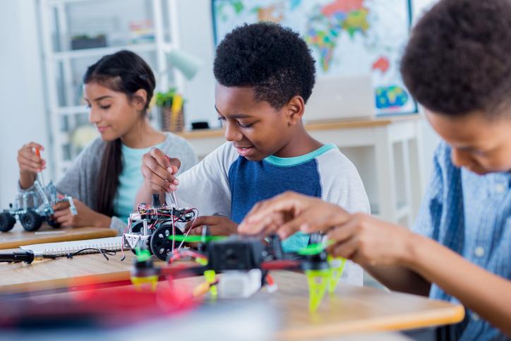 Como começar hoje a construir a escola do futuro