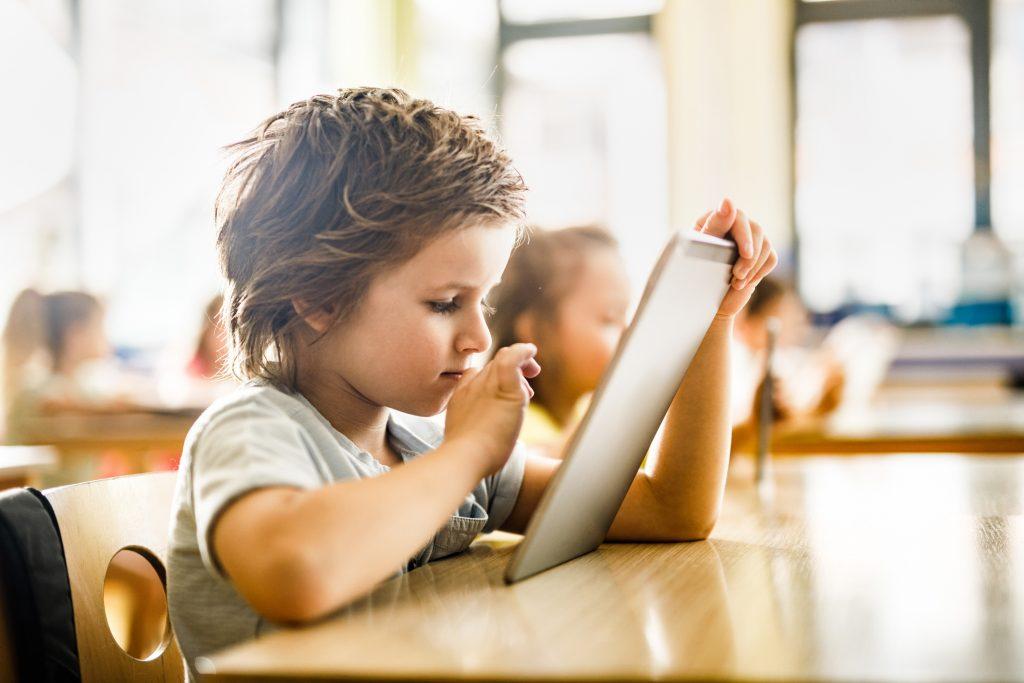 Kriativar: como a startup utiliza tecnologia na aprendizagem criativa