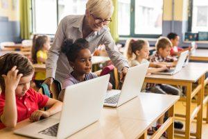 Como aplicar o pensamento computacional na educação