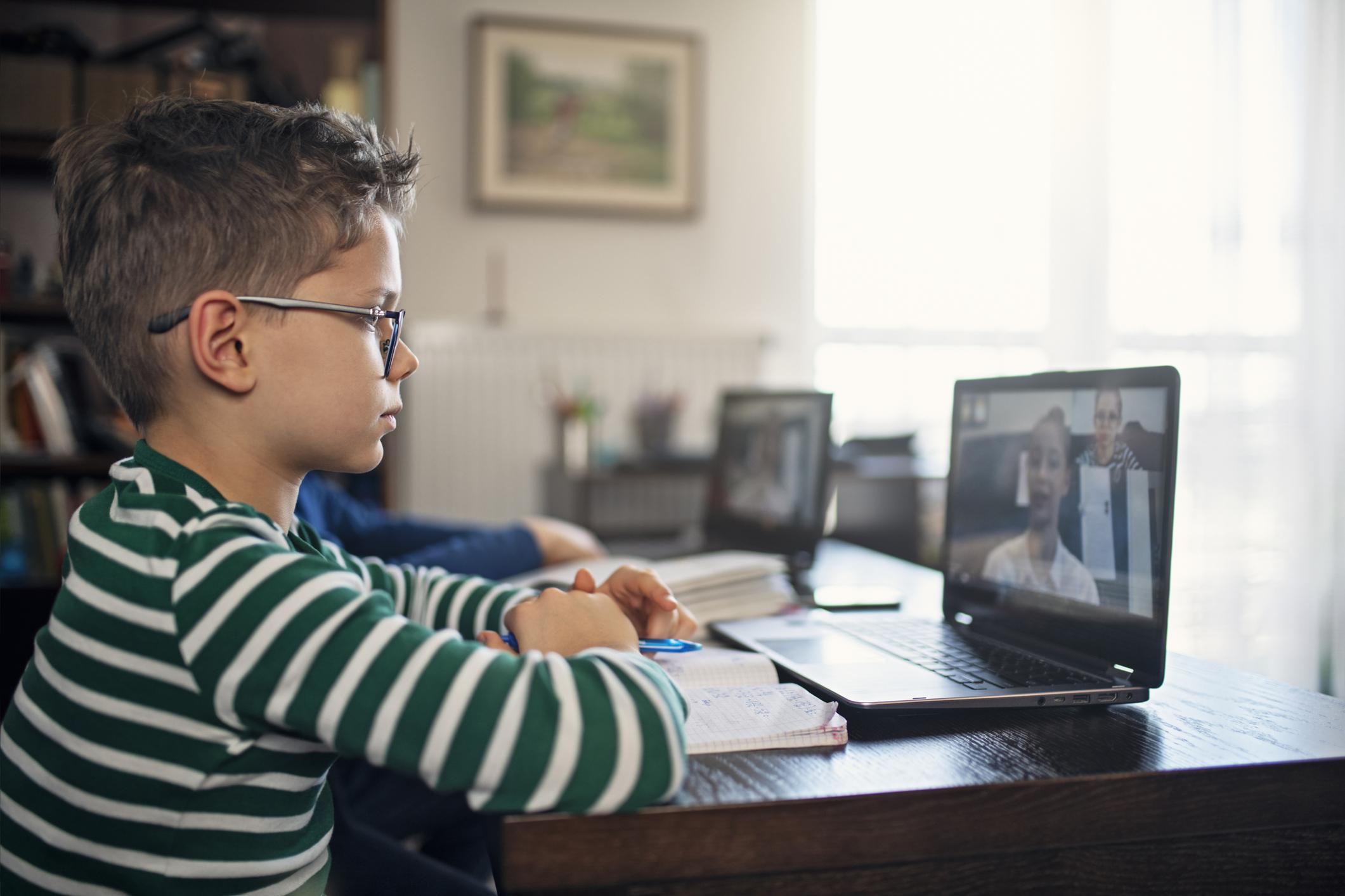 Como escolher a melhor ferramenta para aulas online