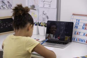 Aulas de Matemática On-Line: como ensinar Matemática a Distância