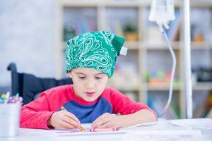 Educação de crianças hospitalizadas: tendências associadas à personalização
