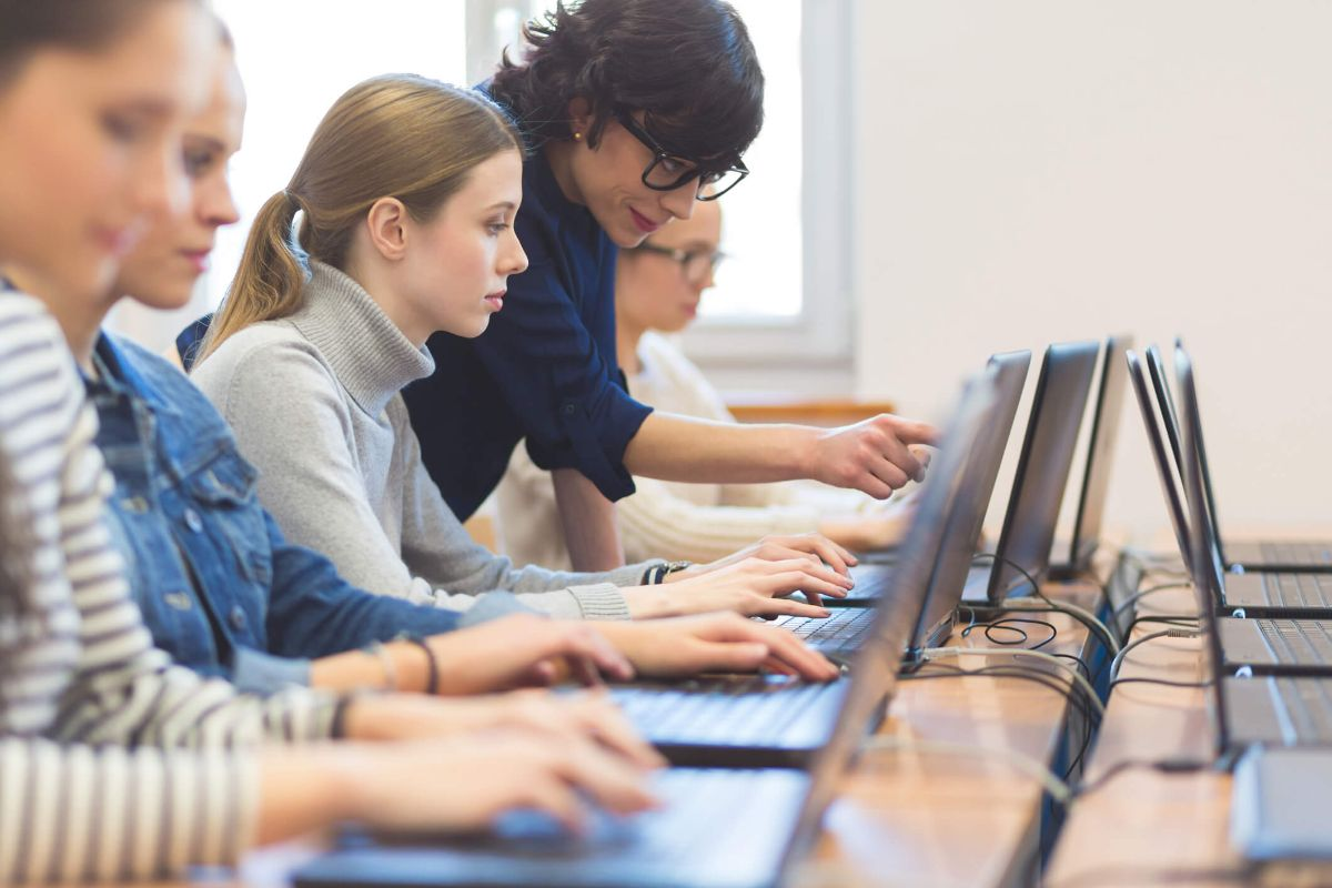Projeto Empreende & Educa propõe formar empreendedores e investidores em sala de aula