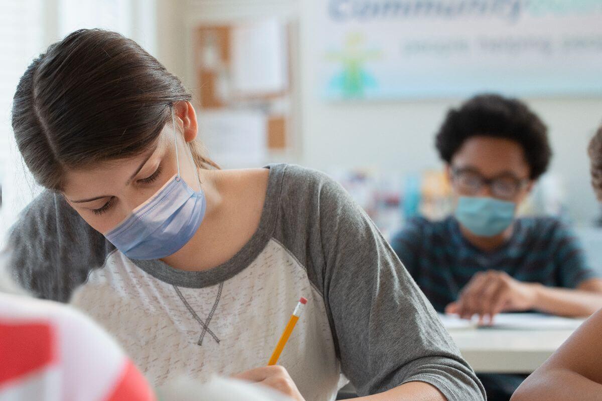 Infodemia e o desafio da Educação na pandemia