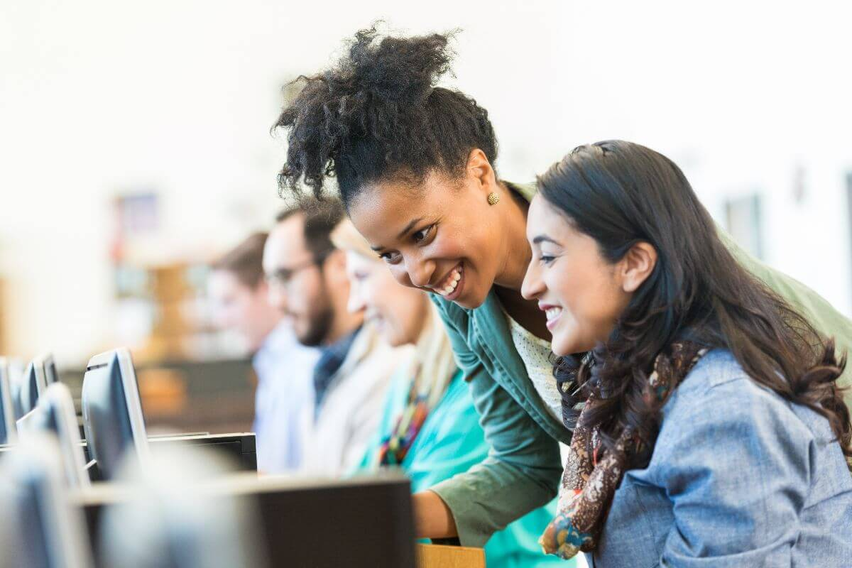 Plataforma disponibiliza cursos livres gratuitos na área de educação